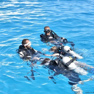 2 Dive Master mit 2 Personen